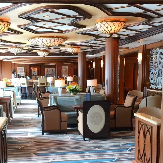 Cunard Queen Elizabeth Bar