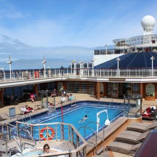 Cunard Queen Elizabeth pool