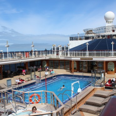 Cunard Queen Elizabeth pool
