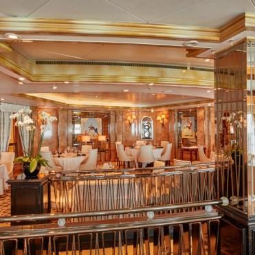Cunard Queen Elizabeth Verandah Restaurant