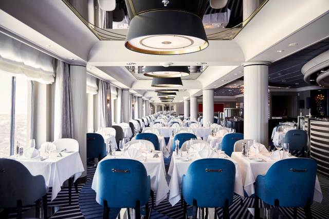 Crystal Cruises Symphony dining room