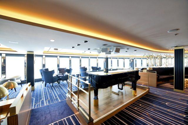 p and o iona cruise ship crows nest piano