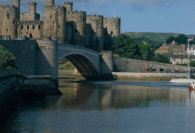 pack for UK cruise bridge and castle