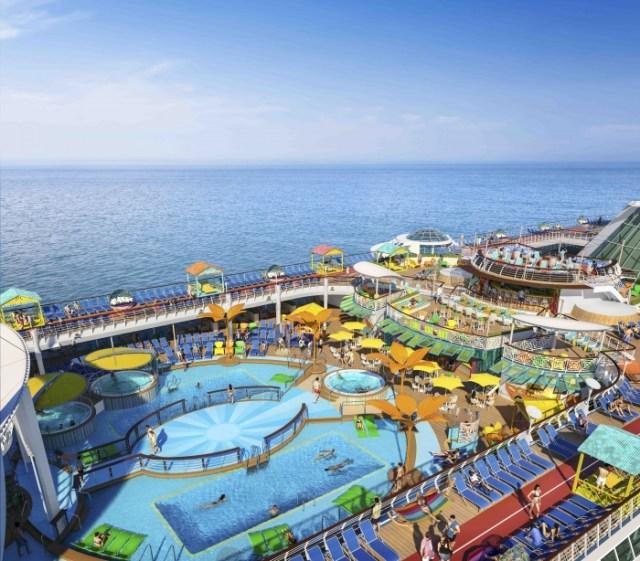 Royal Caribbean Freedom of the Seas pool