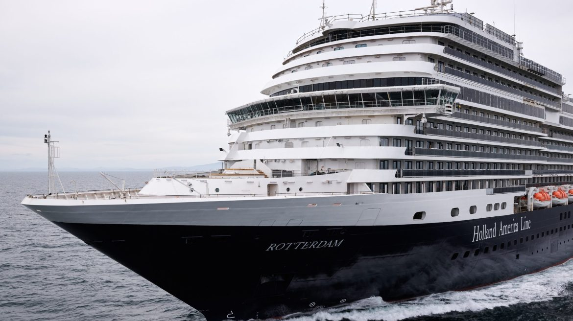 Holland America Line'sRotterdamset sail on its 14-day maiden voyage from Amsterdam toFort Lauderdale
