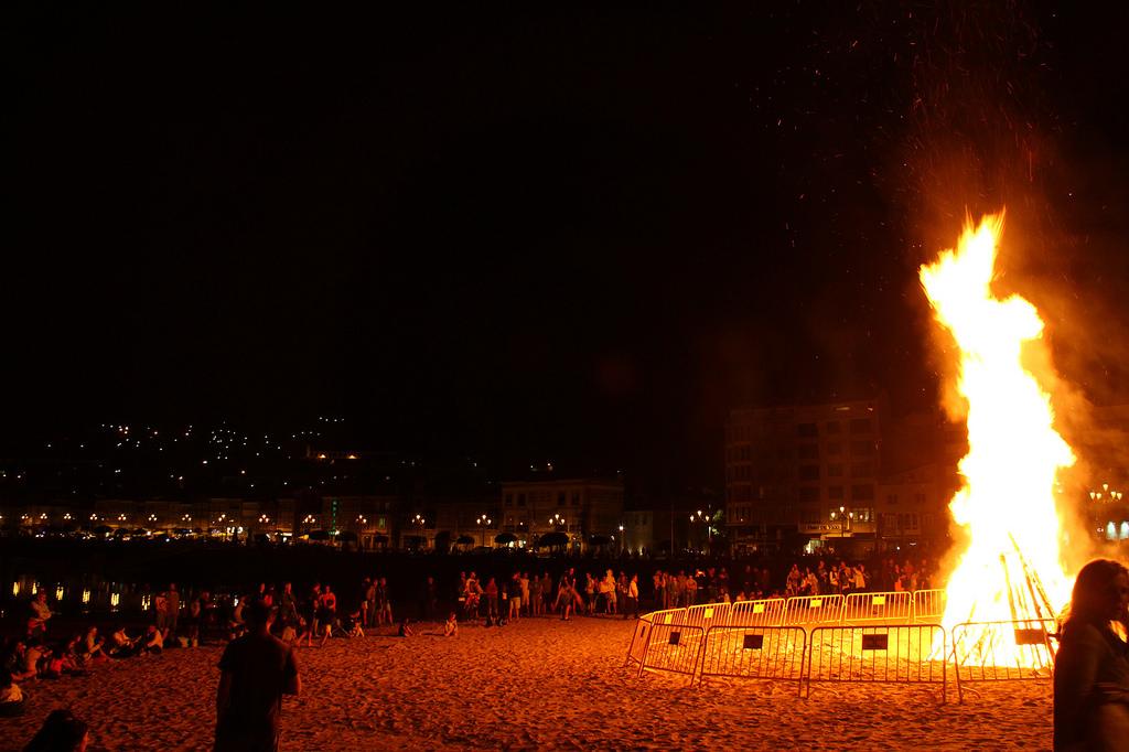 Los rituales mágicos de la Noche de San Juan para atraer salud, dinero y amor