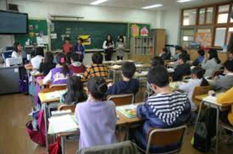 Educación marca el 7 de febrero como fecha límite para que los colegios soliciten la jornada escolar continua