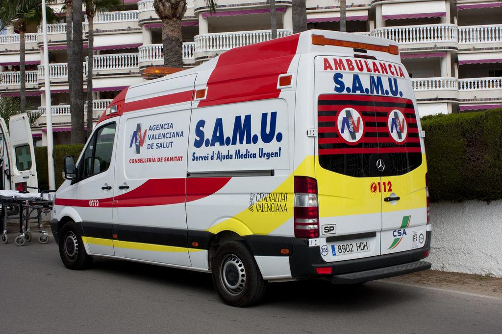 Fallece un peatón atropellado por un coche en València