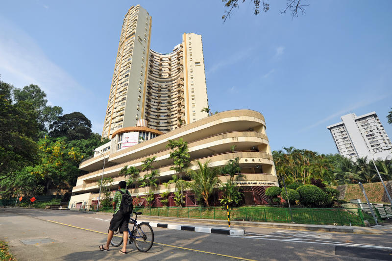 CapitaLand Acquires Pearl Bank Apartments for S$728m