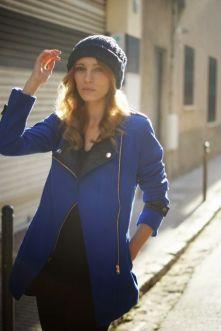 Sheinside. http://www.sheinside.com/Mi-abrigo-azul-photo-18166.html