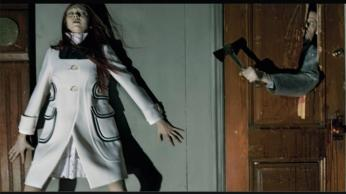horror-movie-by-steven-meisel-for-vogue-italia-april-2014-4-1024x684
