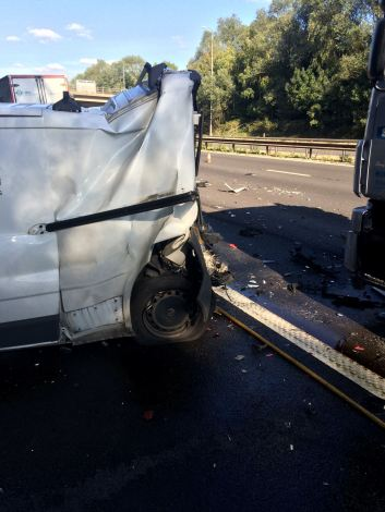 four-to-hospital-after-multiple-vehicle-rtc-on-m42-2
