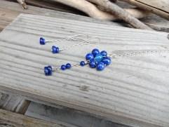 Flower pendant and earrings