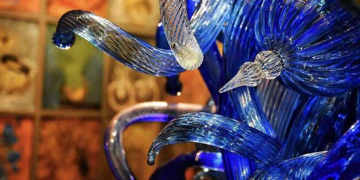 A Garden of Glass – The Chihuly Collection