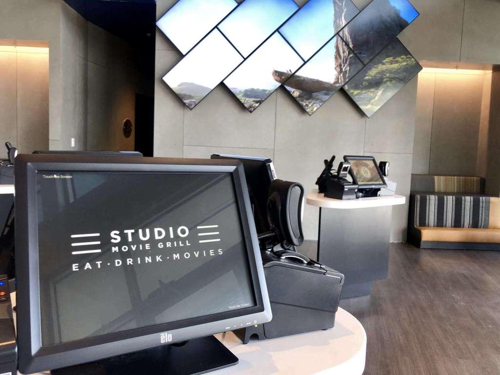 Studio Movie Grill Sunset Walk in Kissimmee, FL