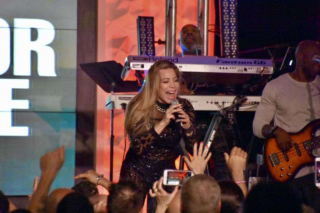 Taylor Dayne Velvet Session At Hard Rock To Support onePULSE Foundation