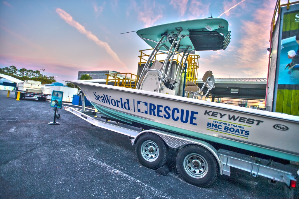 Seaworld Rescue Run Rescue Boat