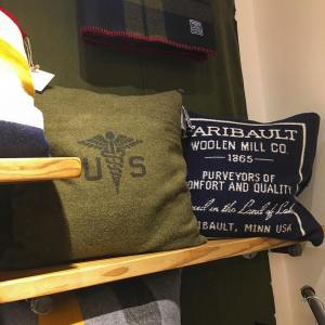 Great vintage style pillows at rriveterbags    hellip