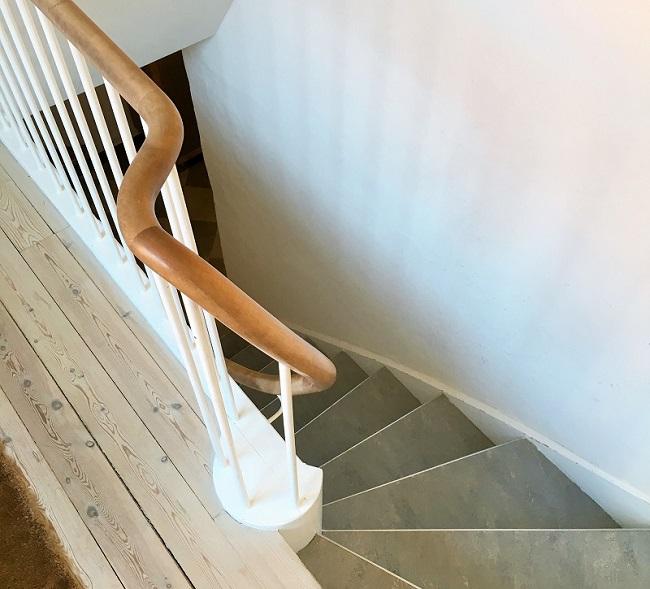 2016-06-08 (Interior Staircase)