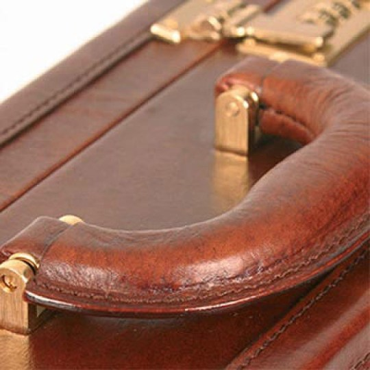 Maxwell-Scott-Buroni-Attache-Case_Handle_Detail