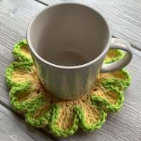 How To Create Easy Flower Power Mug Rug
