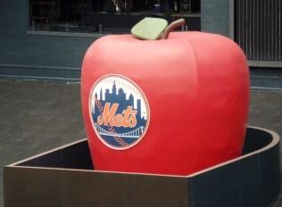 Mets apple