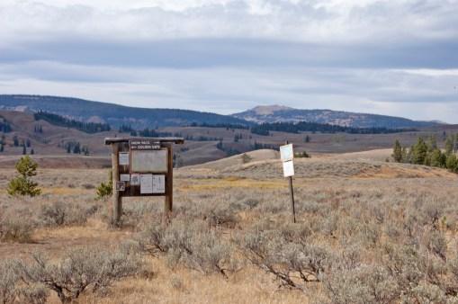 Trail Junction, turn left for Glen Creek Trailhead