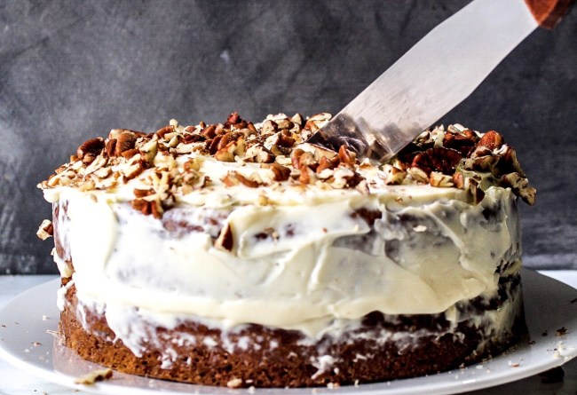 hummmm-hummingbird-cake