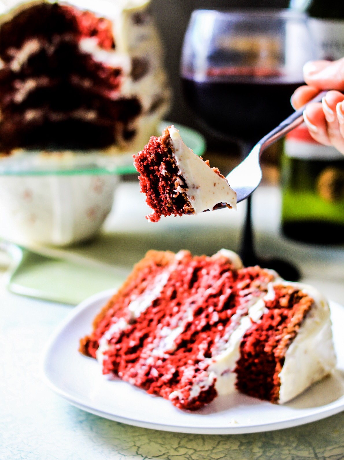 Red Velvet cake with wine