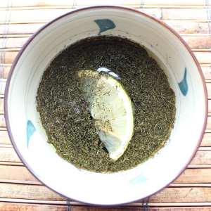 Lemon Dill Balsamic Vinaigrette | Healthy homemade salad dressing with balsamic vinegar, lemon juice and olive oil.