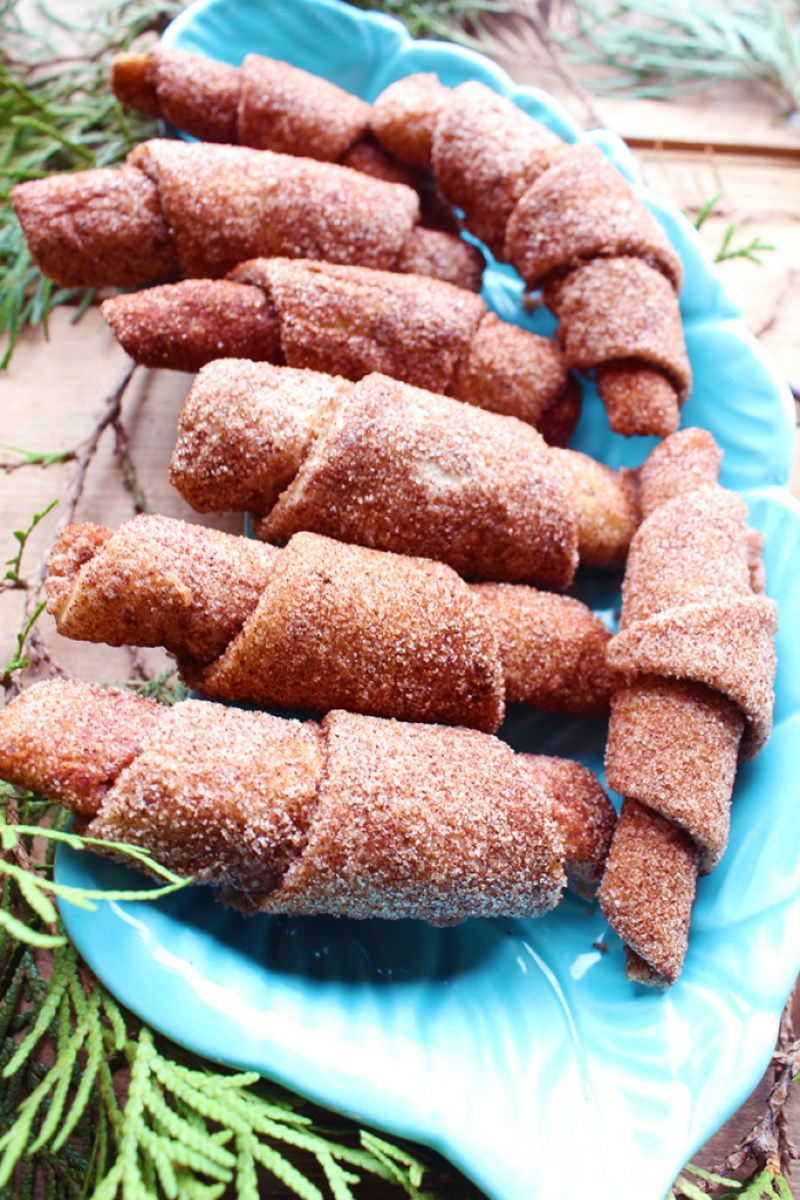 These flaky cinnamon twists are lightly covered in cane sugar and cinnamon. Oh, and did I mention they're vegan? No dairy, no eggs. Just delicious.