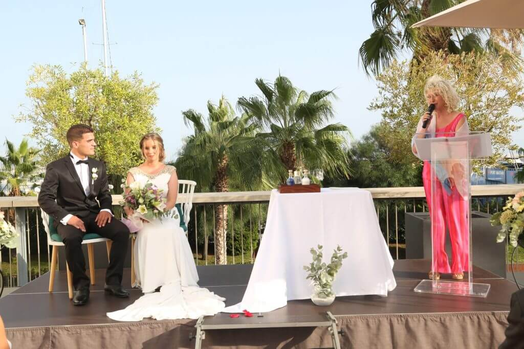 Oficiante de ceremonias boda civil