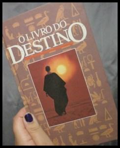 Foto: Rosea Bellator. - Oráculo: Livro do Destino.