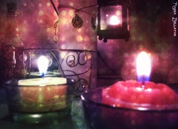Resultado de imagem para altar caseiro de culto budista com doces como oferendas