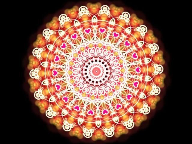 Mandala mega energética para ajudar na meditação do verão! Feita por Rosea Bellator