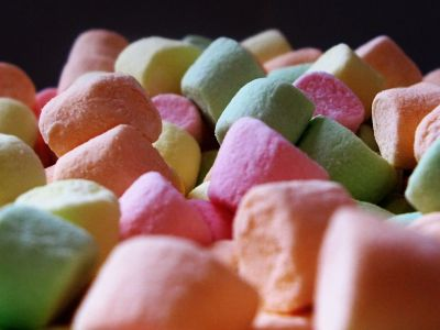 Por qué publicar una novela antes de hora es un caramelo envenenado