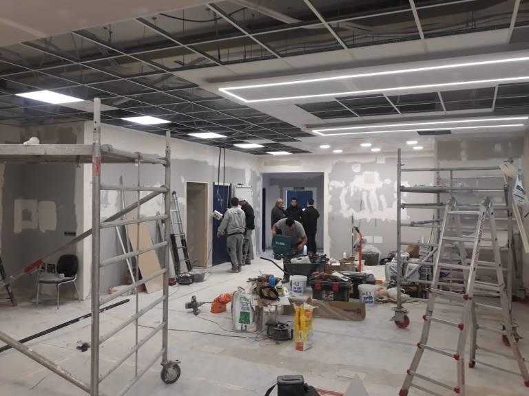 Reforma las oficinas de MFC MOLDES en Alcalá de Henares