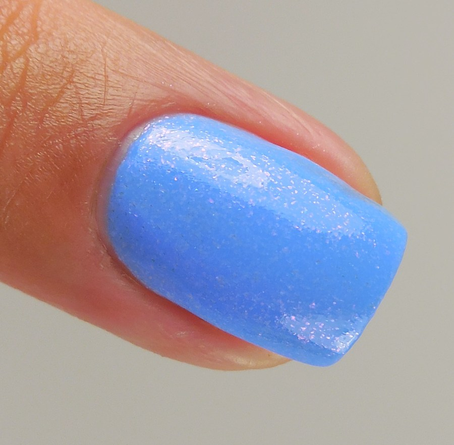 KBShimmer Suit The Breeze 3