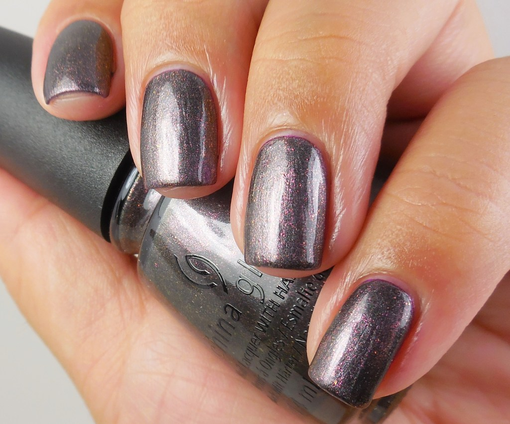 China Glaze Heroine Chic 1