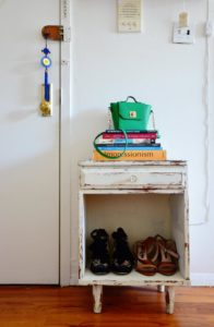 15 Cheap and Easy Small Apartment Hacks To Make Your Space Feel ...