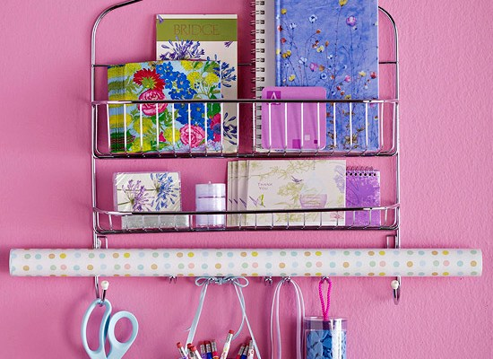 Use a shower caddy to store and organize your school supplies. Love this idea! Repin!