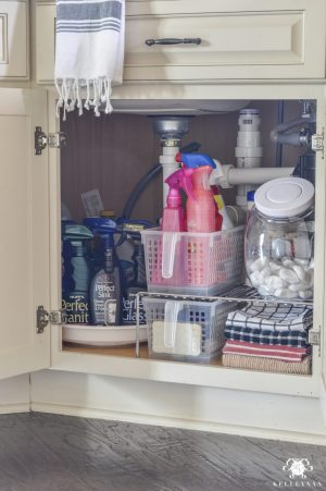 Use plastic jars to store your dishwashing pods.