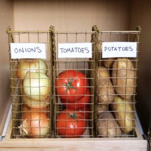 Use magazine holders to store your fruits and veggies in your pantry. Repin if you want to try this!