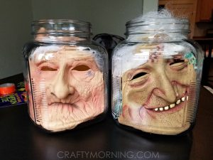 Pickled head in a jar diy Halloween decoration! I love this idea. Repin for later!