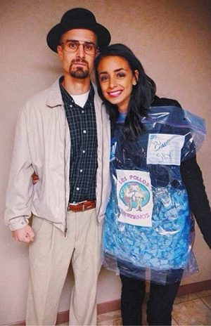 ICONIC! Walter white and blue sky breaking bad Halloween costume. Love this! Repin!