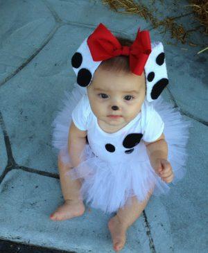 DIY dalmatian halloween costume for babies. Repin!