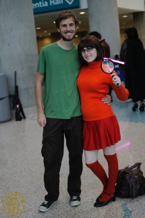 I want to be Velma! Love this couples costume for Halloween. Repin!