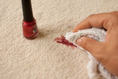 THIS IS HOW YOU GET RID OF NAIL POLISH IN THE CARPET! NEVER WOULD HAVE THOUGHT ABOUT THIS! REPIN!