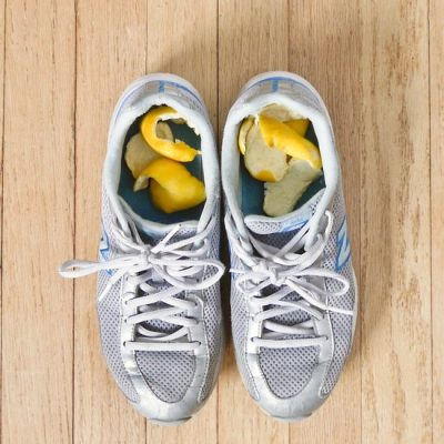 Get rid of smells in your shoes with orange peels. Leave overnight and your shoes will smell good as new!