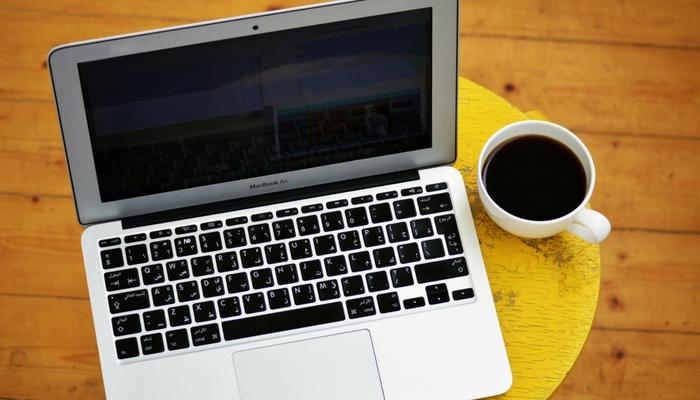 Make easy money online as a slogan seller.